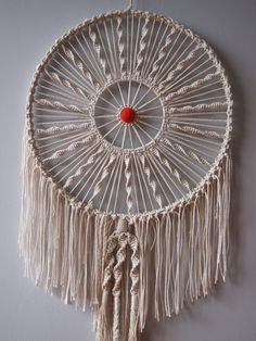 stuff that makes my heart beat faster: Macrame revisitedround macrame wall hanging by ouch flowerCrochet/Macrame Dream Catcher (no pattern but using it for inspiration fora piece)How to: Macrame Dreamer - 16 inches Can this designed be used to enlarged Ho Dream Catcher For Kids, Big Dream Catchers, Giant Dream Catcher, Macrame Art, Macrame Projects, Art Projects, Mandala Au Crochet, Mandala Pattern, Los Dreamcatchers