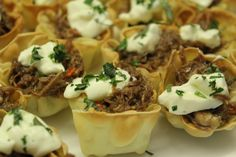 This is the recipe I used to create the beef in crispy wanton cups for the fund… Great Recipes, Dinner Recipes, Favorite Recipes, Appetizer Recipes, A Food, Good Food, Yummy Food, Healthy Food, Using A Pressure Cooker