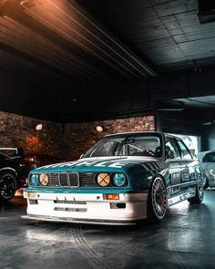 Tuner Cars, Jdm Cars, Slammed Cars, Bmw E30 M3, Sports Car Racing, Race Cars, Bmw Classic, Japan Cars, Custom Cars