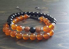 Bracelets for men's gemstone onyx and carnelian. Bracelets For Men, Beaded Bracelets, Stone Bracelet, Carnelian, Articles, Gemstones, Etsy, Jewelry, Man Bracelet