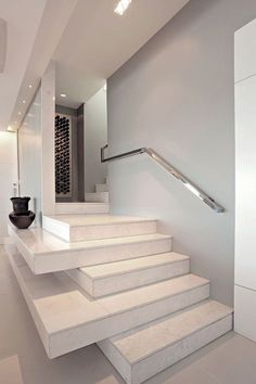 Corrimano e ringhiere per scale internedal design moderno n.04