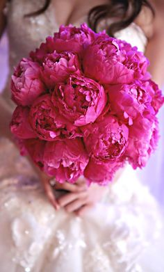 Wedding ● Bouquet ● Fuchsia