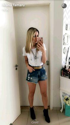 @manutamaru | Look básico com acessórios e botinha | Shorts jeans e Tshirt branca