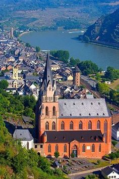 Another view of St. Goar-Oberwesel and the Rhine river