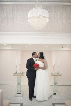 Glamorous Weddings In Las Vegas Chapel Of The Flowers Offers All Inclusive Wedding Packages