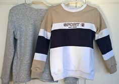 LMV 2016-09 - Mitch Sweaters. The grey is a new one and the other is a recycling project : turning an old XXL sweater into a sweater for a 9 year old boy.