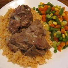 Country Cooking Slow Cooker Neck Bones Recipe with pork, onions, garlic, salt… Cooks Slow Cooker, Slow Cooker Pork, Slow Cooker Recipes, Crockpot Recipes, Cooking Recipes, Slow Cooking, Cooking Lamb, Frugal Recipes, Cooking Fish