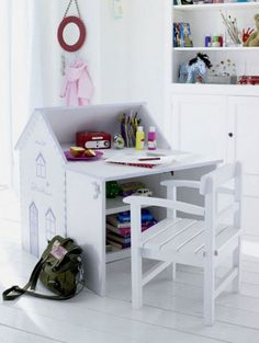 Children Table Design Created In Cute Shape So They Will Enjoy Their Study  Time.