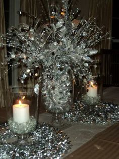 new year's eve party tables settings | New Year's Eve Decorations, New Years Eve Theme