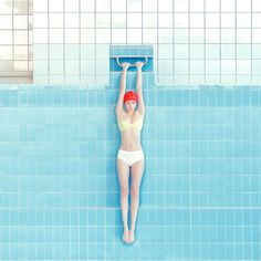 We published the work of the Slovakian photographer Maria Svarbova several times. She keep creating series in swimming pool by making a new collection pf pictu Pool Photography, Fine Art Photography, Fashion Photography, Conceptual Photography, Pool Fotografie, Empty Pool, Swiming Pool, Outfit Essentials, Photoshoot Concept