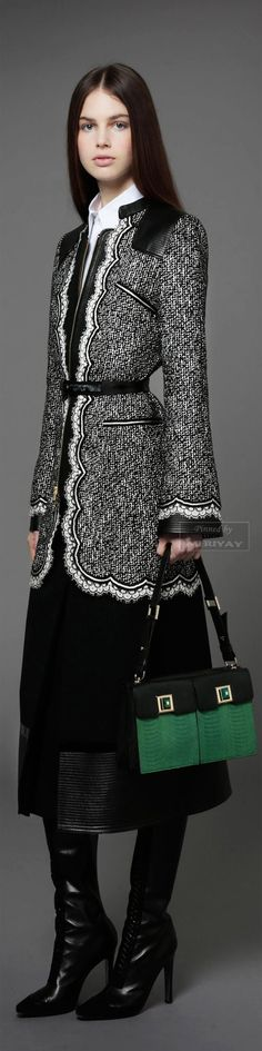 Andrew Gn Pre-Fall 2014. Black White Fashion, Black N White, Fall Winter Outfits, Winter Fashion, Stylish Coat, Tweed, Coats For Women, Mantel, Parka