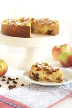 Bratapfelkuchen mit knusprigen Mandeln und Vanillepudding - Sugarprincess Cake & Co, Camembert Cheese, French Toast, Cheesecake, Food Porn, Food And Drink, Apple, Baking, Super
