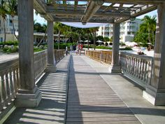 Destination Weddings! --Destination Wedding at the Reach Resort in Key West with The Best Wedding DJ Ever! http://mbeventdjs.com