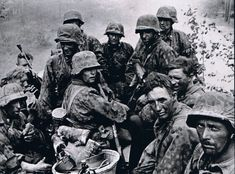 """Grenadiers, SS Panzer Division """"Totenkopf""""during the Battle of Kursk"""