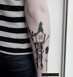 Casita del arbol en @lephylactere #hoy #darkartists #tttpublishing #contemporarytattooing #tattoolife #tattoodo #sketch #trees #forest #dark #btattooing #blackworkers_tattoo #blackworkerssubmission #tttism #tattrx #inked #blackinkmag #minimal #minimalism #blxckink #ink #tattoo #home #paris #france #ontheroad #barcelona #taniavaiana