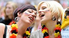 Eine Ode an den Fußball: Bundesligastart lässt n-tv-Redakteure zu Poeten werden