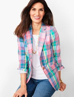 Discover your modern classic look with the Classic Summer Blazer - Madras Plaid at Talbots! Blazer Outfits Casual, Blazer Fashion, Dress Outfits, Dresses, How To Wear Blazers, Blazers For Women, Ladies Blazers, Summer Blazer, Blazer Pattern