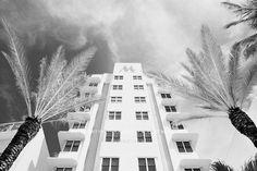 ART DECO ARCHITECTURE MIAMI BEACH FLORIDA BLACK AND WHITE