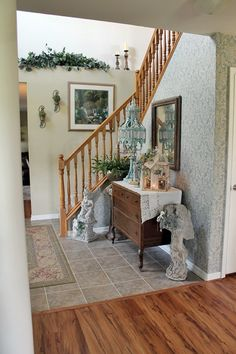 Creative Country Mom: The House is Ready To Show.... Probably the Last Home Tour