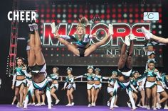 Can we just take a moment an admire her toe touch!(: