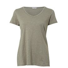 simple grey shirt, a must have