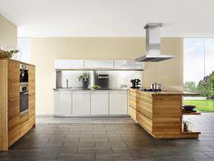 Luxury Einbauk che von TEAM Wohnqualit t mit nat rlichen Materialien