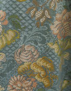 Robe à la Française  Date:     ca. 1760 Culture:     British Medium:     silk