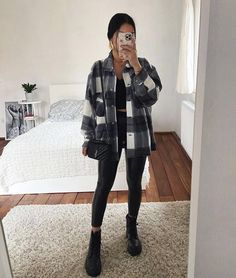 Classic Thick Colorblock Checked Button Down Shirt Jacket Woolen Trendy Fall Outfits, Casual Winter Outfits, Winter Fashion Outfits, Simple Outfits, Look Fashion, Stylish Outfits, Cute Outfits, Autumn Outfits, College Winter Outfits