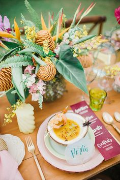 This fun tropical themed wedding inspiration shoot from the Uncomplicate 2017 Workshop is so vibrant, we can't stop looking at it! Church Wedding Decorations, Wedding Centerpieces, Flower Centerpieces, Wedding Bouquets, Luau Wedding, Chic Wedding, Wedding Blog, Wedding Ideas, Laura Lee