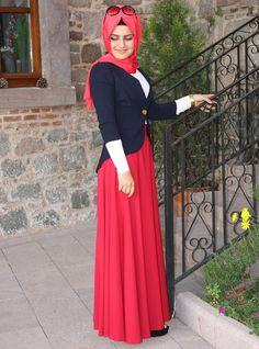 Dont practice hijab but cute modest outfit Muslim Women Fashion, Islamic Fashion, Turkish Fashion, Modest Fashion Hijab, Modest Outfits, Hijab 2015, Beau Hijab, Turkish Hijab Style, Hijab Abaya