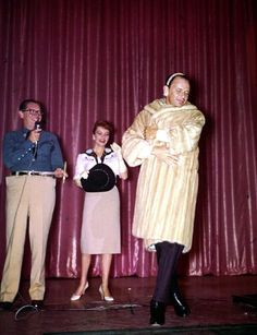 HOLLYWOOD FUNDRAISER - Frank Sinatra models a fur coat to be auctioned by master of ceremonies Milton Berle (in blue shirt). Vintage Hollywood, Classic Hollywood, Joe Gallo, Joey Bishop, Milton Berle, Sammy Davis Jr, Jerry Lewis, Betty White, Humphrey Bogart