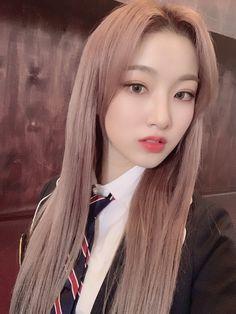 Dream Note, Hair Looks, Korean Girl, Kpop Girls, Ulzzang, My Girl, Idol, Women, Pjs