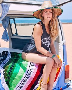 Beach Days as a Vagabond  @vagabondbeach . . . . #surf #beach #boho #towel #love #fashion #surf #bus #vw #travel #maui #hawaii #oahu #kauai #boho #travelmore #vagabond #beach #local #girls #model http://ift.tt/2kiNWbp