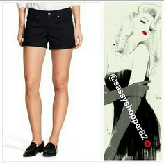 """🌟Mossimo mid-rise shorts NWT size 0 &10 available Brand new with tags     Grab these fabulous black denim shorts for your wardrobe! These can be worn in the summer with your favorite top and sandals or in the fall/winter with thigh high boots, top and trendy cardigan!! 98% cotton 2% spandex   Size 0/25 waist 32""""/length 10.5""""/4""""inseam/rise 7"""" Size 10/30 waist 35""""/length 12""""/inseam 4""""/rise 8.5"""" Mossimo Supply Co. Shorts Jean Shorts"""