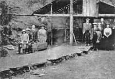 A rare photo of a group of visitors at the entrance to the coal mine near Errwood Hall in the Goyt Valley. Peak District, Coal Mining, Rare Photos, Natural Beauty, Entrance, Folk, National Parks, Group, History