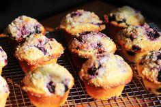 muffins on Pinterest | Lemon Raspberry Muffins, Strawberry Muffins ...