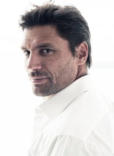 Clean-cut like Matt Bomer or rugged like Manu Bennett? Doesn't every wife want a gladiator? No? ... o_O