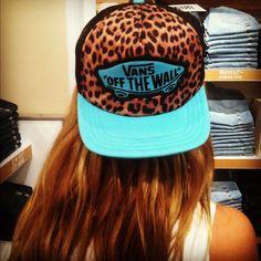 vans snapback, leopard print, sexy and vigour… Snapback Hats, Beanie Hats, Beanies, Men's Fashion, Fashion Beauty, Vans Hats, Dope Hats, Vans Off The Wall, Look Cool