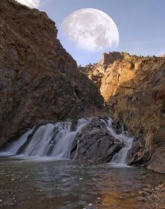 ♥ Harvest Moon - Colorado ♥ My favorite place Beautiful Moon, Beautiful World, Beautiful Places, All Nature, Amazing Nature, Nature Pics, Stars Night, Moon Stars, Puerto Rico