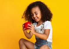 Sign up for our weekly newsletter💌.   Don't miss the latest lesson plans, blogs and current events lessons for engaging preK-12 students😍.  Free resources for educator by educators🍎. Healthy Meals For Kids, Healthy Foods To Eat, Kids Meals, Healthy Recipes, Whole Wheat Pasta, Fatty Fish, Colorful Fruit, Lean Protein, Protein Sources