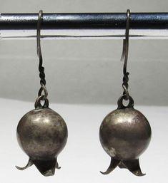f842cdeb4 Old Zuni Handmade 925 Silver Big Short Pomegranate Squash Blossom Earrings
