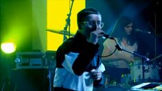 """Hot Chip – """"Night and Day"""" (on Jools Holland)"""