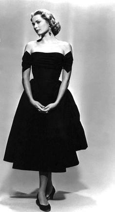Grace Kelly, 1950's Fashion. TOP100 COCKTAIL DRESSES: http://999dresses.blogspot.com/