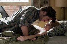 Robert Pattinson, Emilie de Ravin in Remember Me