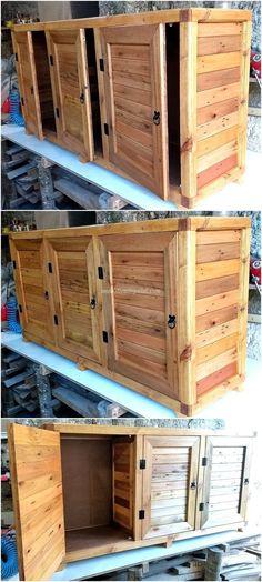 Make a unique pallet kitchen storage box out of pallet wood. A pallet kitchen storage box is utilita Wooden Pallet Projects, Diy Pallet Furniture, Woodworking Projects Diy, Pallet Ideas, Kitchen Furniture, Woodworking Plans, Wood Ideas, Diy Ideas, Rustic Furniture
