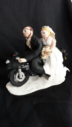 Congratulations to Nicole and her new husband ( and his beloved motorbike! ) married yesterday. :) #personalised #fimo  #wedding #cake #topper #bride #groom #motorbike #flowers #honda #cbr
