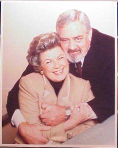 Raymond Burr/Perry Mason, Barbara Hale/Della Street