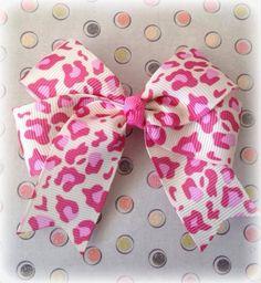 Lazo animal print rosado
