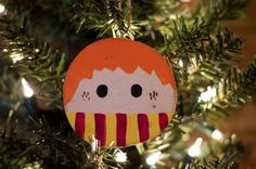 Ron Weasley wood slice Christmas ornament | hand painted ornament | Harry Potter ornament | Harry Potter Christmas ornament | handmade by thecraftyredheadshop on Etsy https://www.etsy.com/listing/481162050/ron-weasley-wood-slice-christmas
