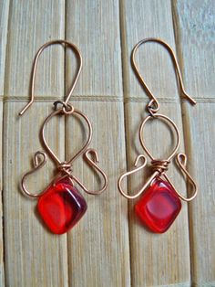 Tybetański Mnich: Krwiste earrings, wire wrapping, jewelry, blood, red, copper